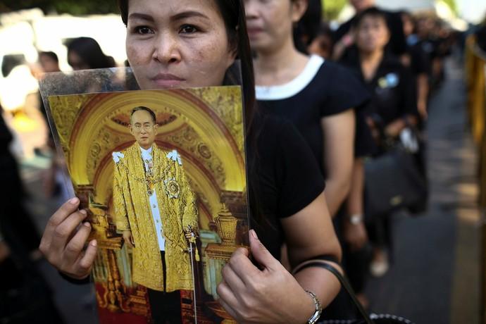 Tailândia - morte do rei (Foto: REUTERS/Athit Perawongmetha)