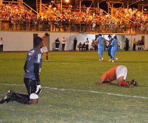 Náutico-RR precisa vencer por uma diferença de seis gols contra um no segundo jogo (Foto: Herianne Cantanhede/GloboEsporte.com)
