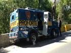 Assaltantes explodem carro-forte e fogem com dinheiro no RS, diz PRF