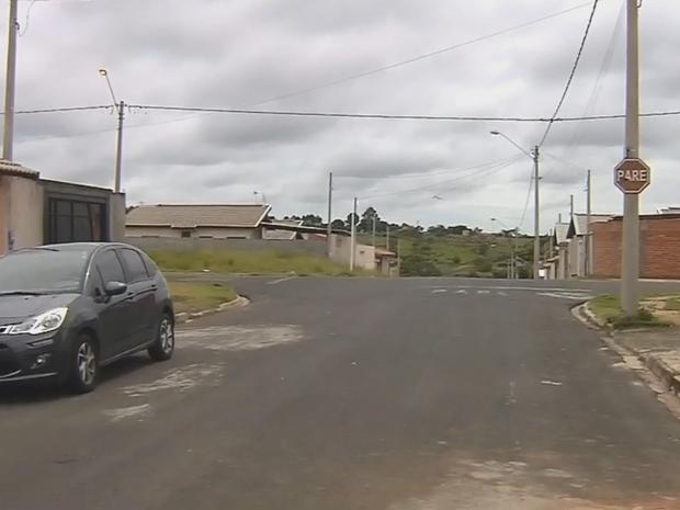 Acidente foi no bairro Maria Luiza em Botucatu (Foto: Reprodução/TV TEM)
