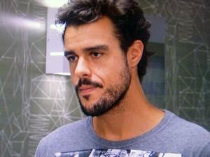 Enrico fica ''de cara'' com sugestão de Magnólia e Severo (Foto: TV Globo)
