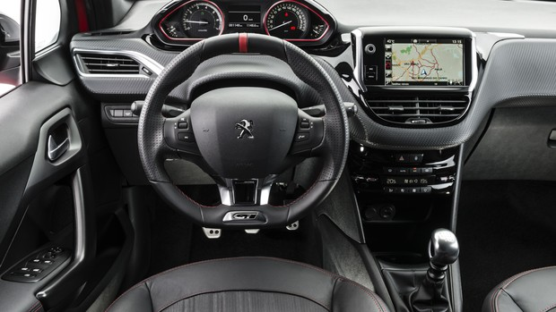 Peugeot 208 2017: FOTOS
