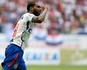 Meia Luiz Antônio revela vontade de voltar ao Flamengo em 2017