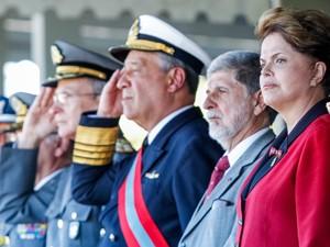 A presidente Dilma Rousseff durante cerimônia do 147º aniversário da Batalha Naval do Riachuelo (Foto: Roberto Stuckert Filho/PR)