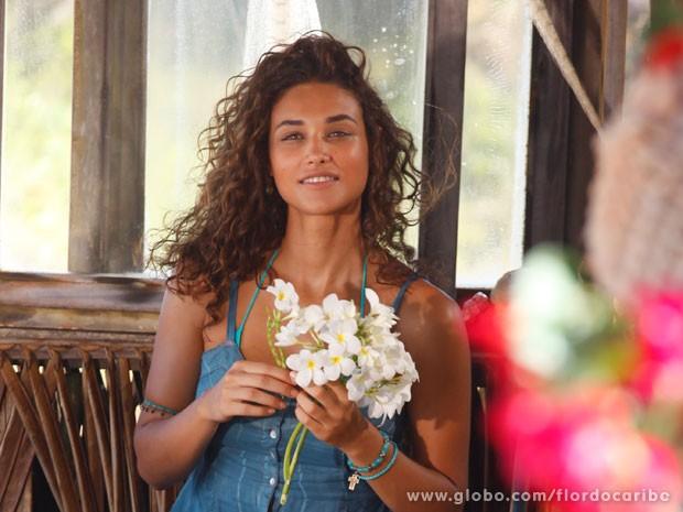 Aprenda a ter o cabelo e maquiagem de Taís (Foto: Flor do Caribe / TV Globo)