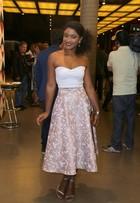 Veja o estilo de famosas em premiação no Rio