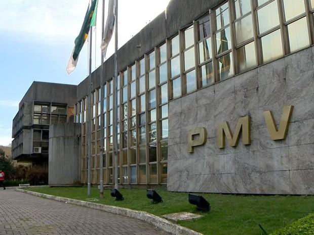 Prefeitura de Vitória está no limite de gastos com servidores (Foto: Reprodução/TV Gazeta)