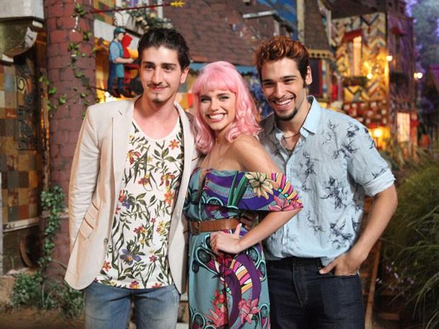 JJohnny Massaro, Bruna Linzmeyer e Bruno Fagundes (Foto: Carol Caminha / TV Globo)