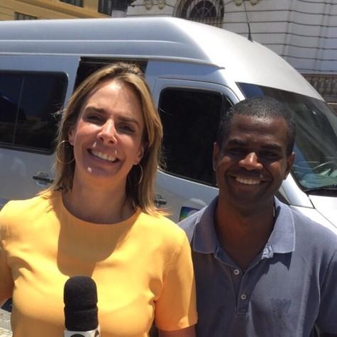 Flavia januzzi com Petrinho da Serrinha (Foto: Divulgação)
