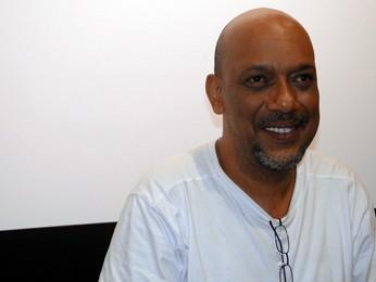 Escritor Paulo Lins (Foto: Raquel Freitas/G1)