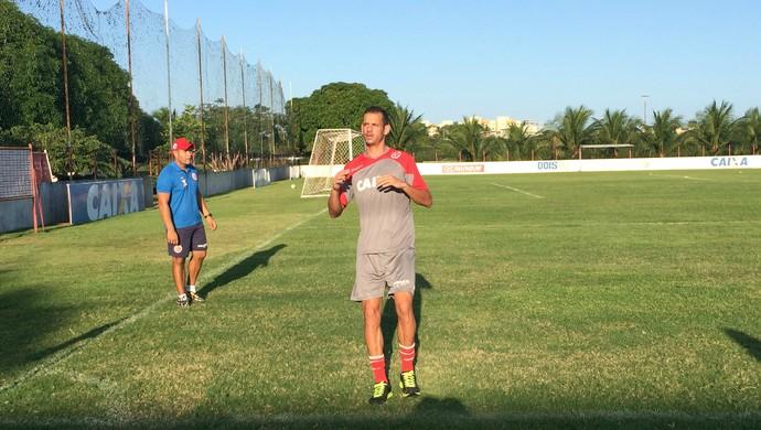 Lucas Newiton, novo lateral-direito do América-RN (Foto: Carlos Cruz/GloboEsporte.com)
