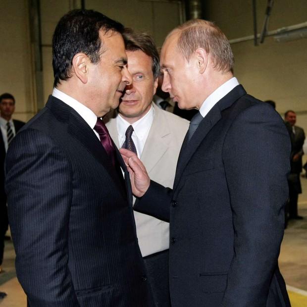 Com Vladimir putin, o presidente da rússia. somente no mês de agosto o executivo encontrará dois chefes de estado (Foto: RIA NOVOSTI / AFP)
