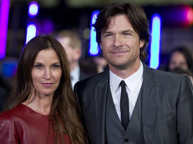Amanda Anka e o marido, Jason Bateman, em première de filme em Londres, na Inglaterra (Foto: Justin Tallis/ AFP)