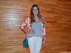 Ex-BBB Angela vai a pré-estreia em São Paulo