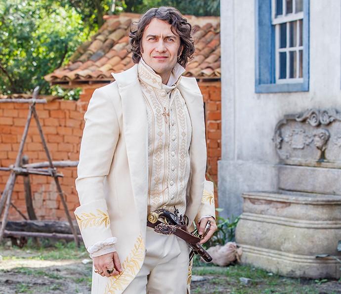 Gabriel Braga Nunes com o Duque Ega em 'Liberdade, Liberdade' (Foto: Artur Meninea/Globo)
