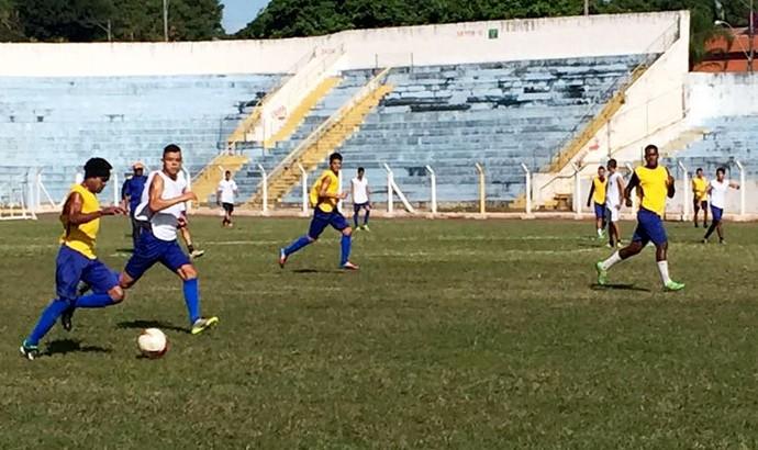 Osvaldo Cruz, Azulão, treino (Foto: Murilo Rincon / GloboEsporte.com)