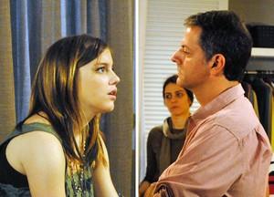 Na casa de Lia, foi Lorenzo quem impôs limites à filha (Foto: Malhação / TV Globo)