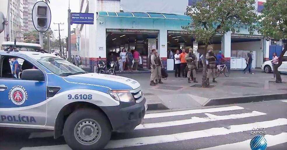 Crime aconteceu na tarde de quarta-feira, na Avenida Manoel Dias da Silva, no bairro da Pituba, em Salvador (Foto: Reprodução/TV Bahia)