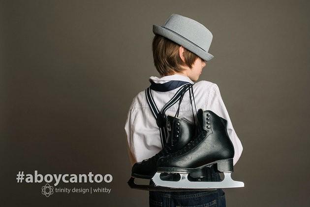 """""""Esse menino anda de patins no gelo há anos"""" (Foto: KIRSTEN MCGOEY/TRINITY DESIGN)"""