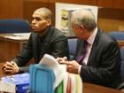 Mãe culpa amigos por transformarem Chris Brown em 'bandido', diz site