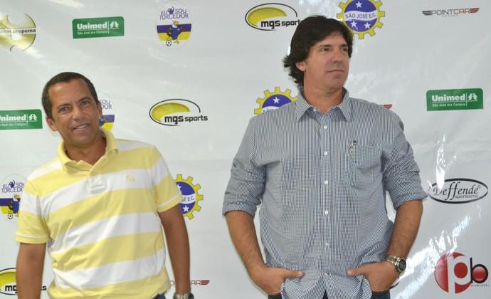 Auxiliar Valteir Gomes Fonseca e Técnico Wilson Gottardo São José (Foto: Filipe Rodrigues)