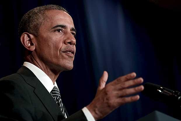 Obama concede entrevista coletiva na Malásia logo antes de deixar o país (Foto: Jonathan Ernst/Reuters)