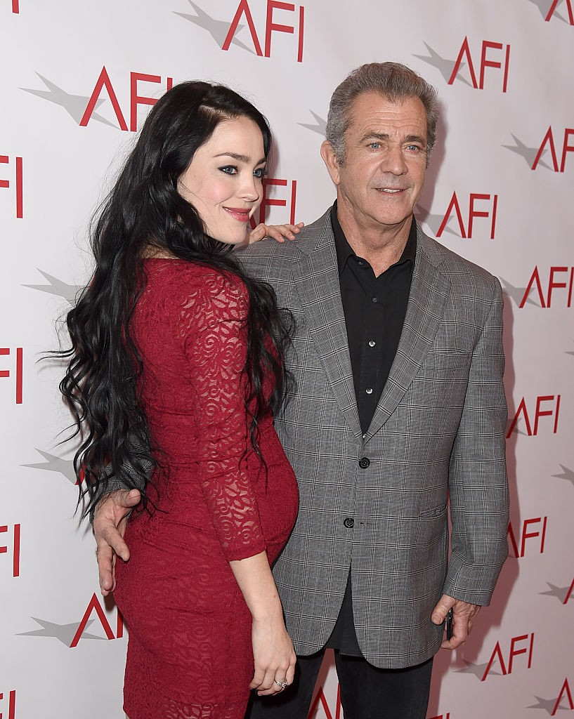 Mel Gibson e Rosalind Ross (Foto: Getty Images)