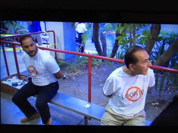 Foto postada pelo repórter George Pennacchio que mostra os dois homens que invadiram o programa  (Foto: Reprodução / Twitter)
