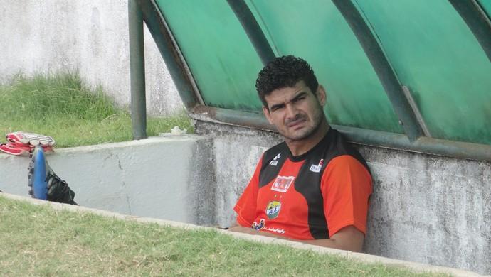 Willames José, zagueiro do Coruripe (Foto: Leonardo Freire/GloboEsporte.com)