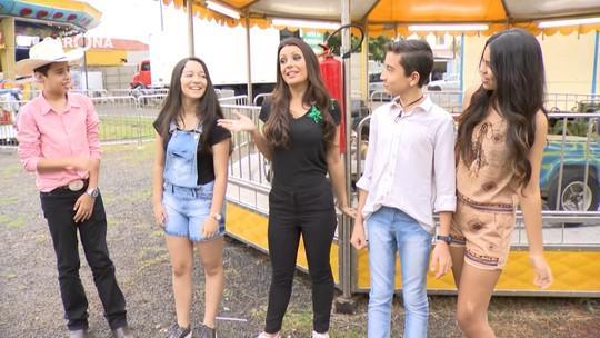 Reveja: Cecília Ribeiro conversa com participantes do The Voice Kids