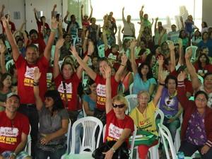 Categoria decidiu manter greve durante assembleia.  (Foto: Ascom/Sinteal)