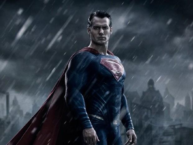 Henry Cavill como Superman em 'Batman vs Superman: A origem da justiça' (Foto: Divulgação)
