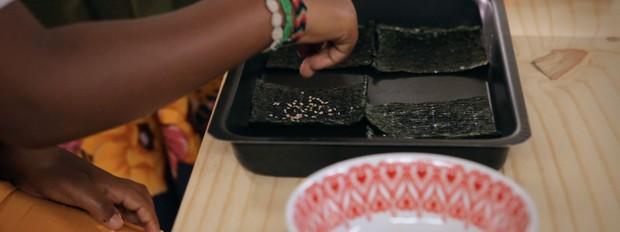 Nori chips: receita da Bela Gil para o Bela Cozinha (Foto: Divulgao/GNT)