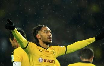 Ele não para: Aubameyang marca duas vezes e dá vitória ao Borussia