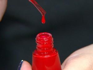 Esmaltes coloridos são os maiores poluidores. (Foto: Reprodução/EPTV)