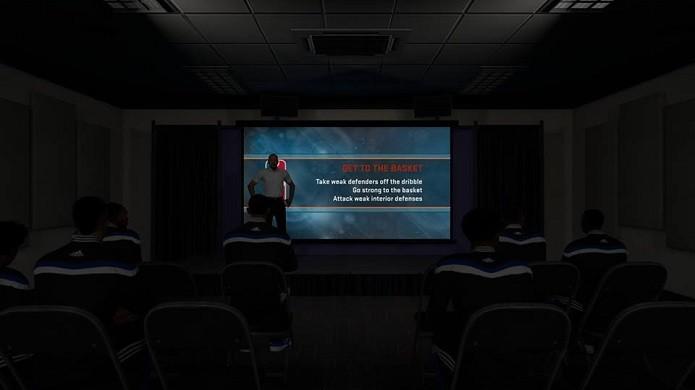 É importante prestar atenção às palestras (Foto: Reprodução/Thiago Barros)