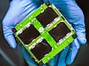 Cubesat AESP-14 é o primeiro satélite de pequeno porte 100% desenvolvido no Brasil. (Foto: Divulgação/ ITA)