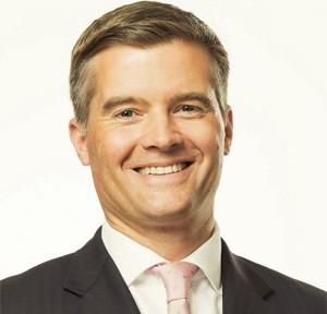 O ministro britânico Mark Harper quebrou o pé após cair de cima de uma mesa enquanto dançava (Foto: Divulgação/Flickr/UKHomeOffice)