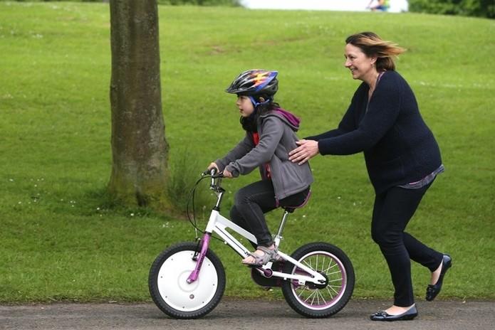 Jyrobik, bicicleta que se equilibra sozinha (Foto: Divulgação/Jyrobike)