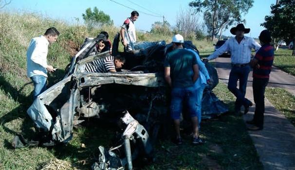 Paraná TV acidente Umuarama  (Foto: Rogério Pinheiro/ RPC TV Noroeste)