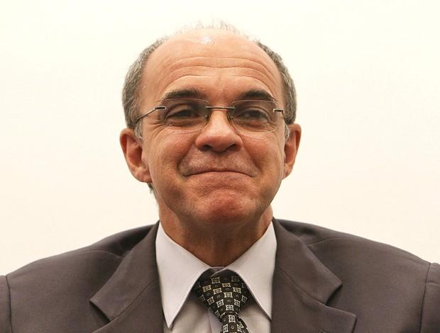 Presidente do Fla confirma negativa do Shandong em liberar Montillo