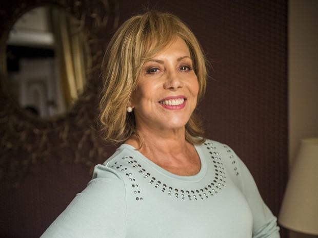 Consuelo (Arlete Salles) finalmente vai encontrar sua ídola (Foto: Alex Carvalho/TV Globo)