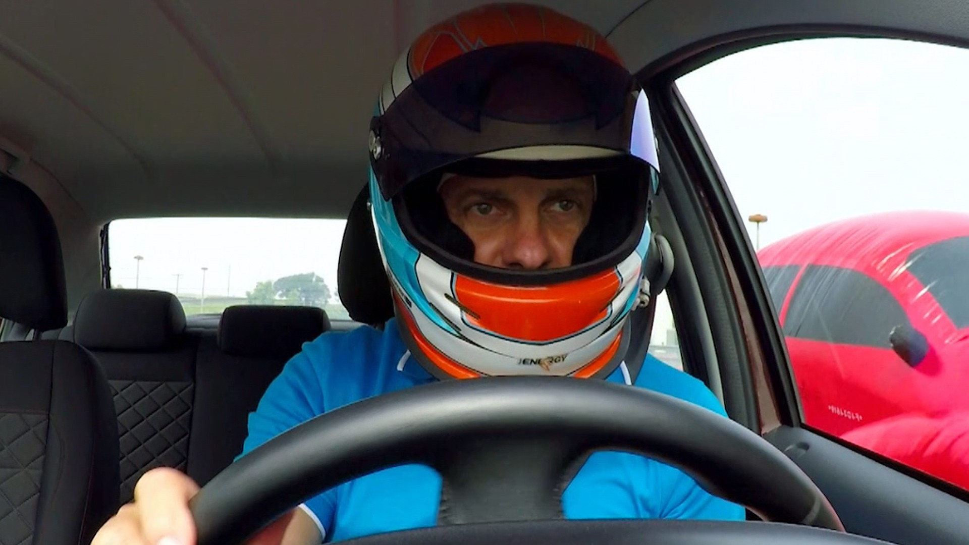 O que fazer quando a roda trava e as vantagens do lubrificante a granel no programa Auto Esporte (Foto: Divulgação)