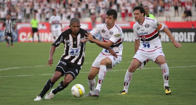 Elionar Bombinha faz dois e garante vitória do Comercial no clássico Come-Fogo (Foto: JF Pimenta (Jornal A Cidade))
