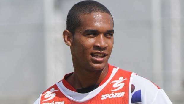 Badinho, atacante do São Mateus (Foto: Carlos Alberto Silva/Cedoc A Gazeta)