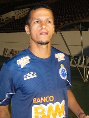 Souza do Cruzeiro no treino (Foto: Fernando Martins / Globoesporte.com)