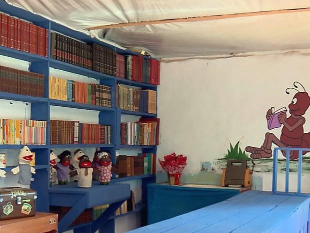 Venda literária, zona rural, Varginha (Foto: Reprodução/ EPTV)