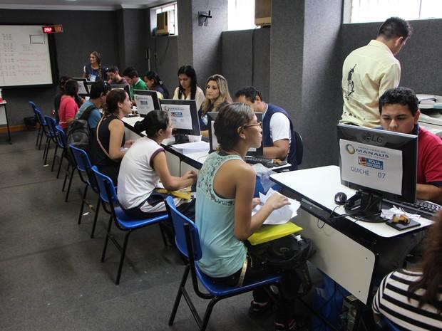 Entrega de documentos comprobatórios do Bolsa Idiomas tem início nesta quarta (Foto: Hariele Quara/Divulgação)