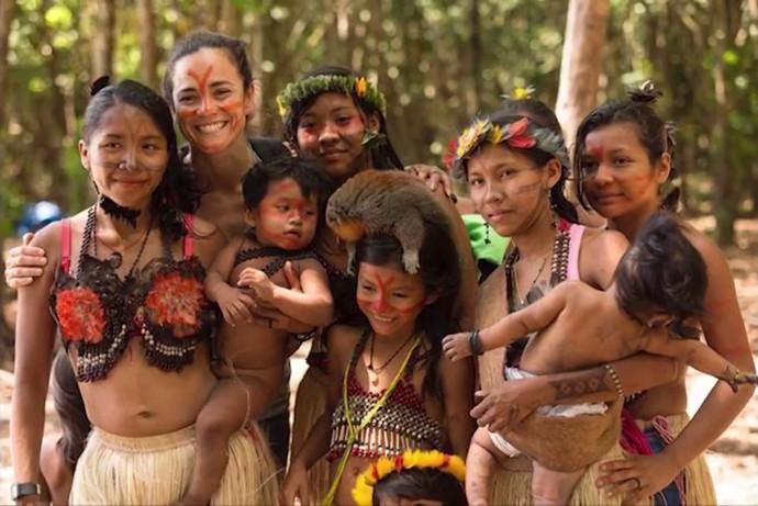 Alice Braga conheceu causa do povo Munduruku (Foto: Arquivo pessoal)