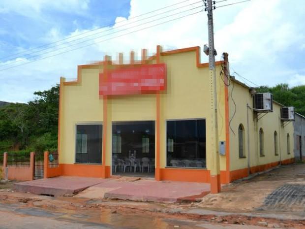 Igrejas em conjunto na Zona Oeste tinham ligações clandestinas (Foto: Divulgação/Eletrobras)